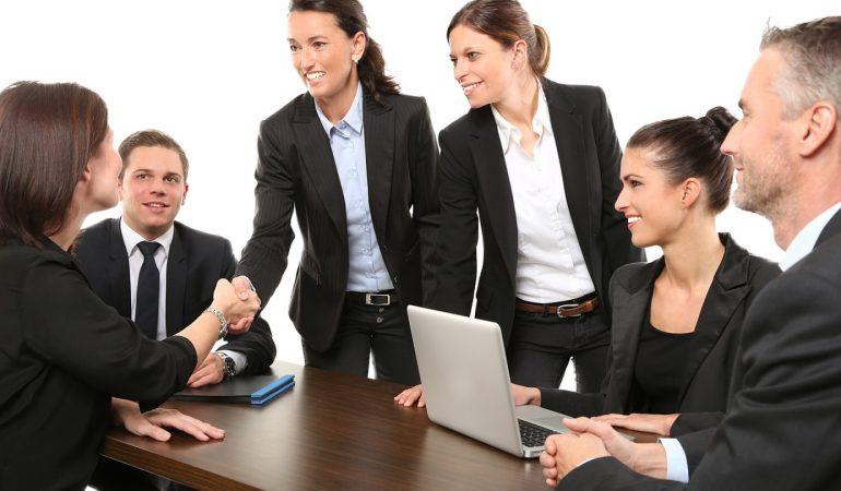 Comment devenir un expert en relation client ?